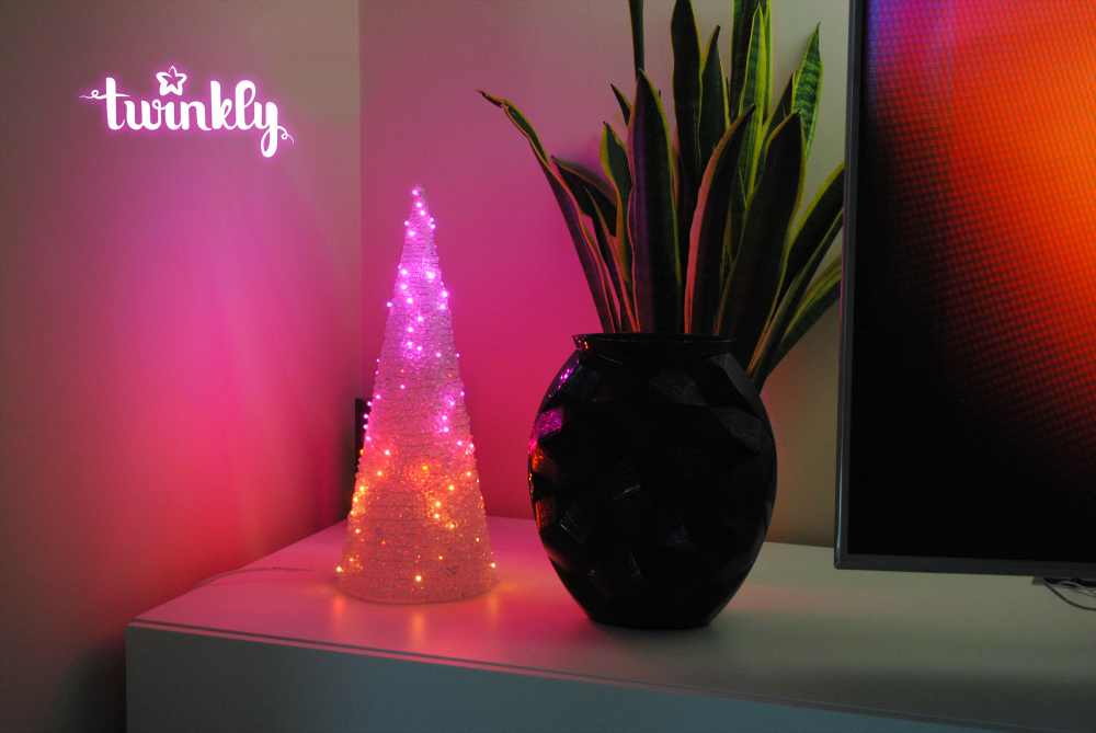 Twinkly Cone - Smart Light - Cone 60 nano RGW-LEDs; DxH:13x40cm; IP20; mit APP steuerbar